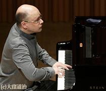 室内楽の殿堂「トッパンホール」~<異才たちのピアニズム>トーマス・ヘル(P)